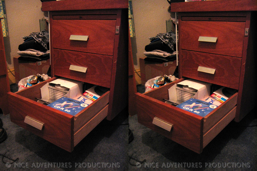 2004_March 18_Drawers 3D nap